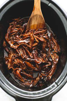 Slow Cooker Honey BBQ Beef Brisket | lecremedelacrumb.com