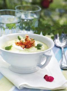 Avocadosuppe - De delikate krebsehaler får masser af smag fra chilimarinaden med frisk, mynte og koriander.