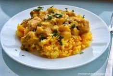 Smaczny kąsek: Orientalne curry z kurczaka z dynią, cynamonem i żurawiną