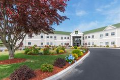 Quality Inn & Suites Middletown - Newport - Hotels.com - Hotel rooms with reviews. Discounts and Deals on 85,000 hotels worldwide