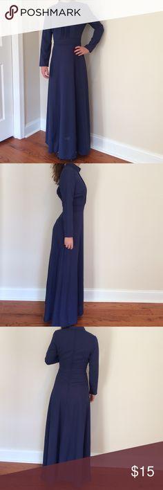NWOT Long Sleeve Dress 👗 NWOT Beautiful dress Dresses Midi