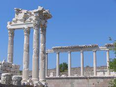 Pergamum Temple http://www.farhorizons.com/trips/europe/turkishtreasures/TurkishTreasures.php