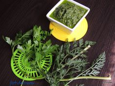 Moje Małe Czarowanie: Pesto z natki pietruszki, marchewki i botwinki