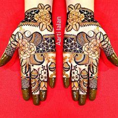 Arabic Bridal Mehndi Designs, Khafif Mehndi Design, Floral Henna Designs, Indian Mehndi Designs, Mehndi Designs 2018, Mehndi Designs For Girls, Mehndi Design Photos, Unique Mehndi Designs, Mehndi Designs For Fingers