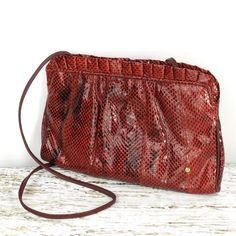 Red Snake Skin Purse by Designer Etienne Aigner Reptile Clutch Vintage Vintage Clutch, Vintage Purses, Vintage Handbags, Unique Purses, Cute Purses, Fall Handbags, Purses And Handbags, Leather Clutch, Leather Purses