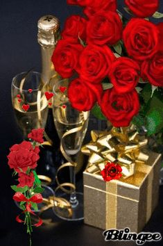 Happy Birthday Flowers And Champagne Happy Birthday Rose, Happy Birthday Wishes Cards, Happy Birthday Celebration, Birthday Roses, Happy Birthday Pictures, Rose Flower Arrangements, Happy Anniversary, Beautiful Roses, Red Roses