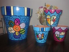 HERMOSAS Painted Plant Pots, Painted Flower Pots, Painted Jars, Clay Pot People, Flower Pot Design, Mosaic Flower Pots, How To Make Clay, Clay Pot Crafts, Plant Painting
