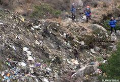 FOTOGALERÍA // El vuelo 4U9525 de la aerolínea de bajo costo Germanwings se estrelló en los Alpes franceses cuando realizaba el recorrido entre Barcelona y Dusseldorf. Las autoridades galas temen que las 150 personas a bordo del AirBus A320 fallecieron.