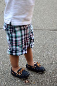 Fashion | Style | Mommy Blogger: Lola Blue, the closet. www.lolabluethecloset.blogspot.com  Instagram: @lolabluethecloset I post mommy chic looks weekly featuring my son! Baby boy fashion, baby boy loafers