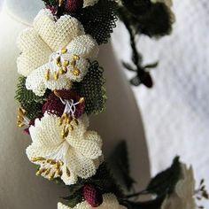 "Perihan or ""Fairy Queen"" is our beautiful Turkish bridal headband #benimki.com.au #bridalheadband #needlelace #oya #handcrafted #bridalheadpiece #perthbridal #fairtrade #fairytalewedding #madeinturkey  #madeinamasya #sentoverfromturkey"