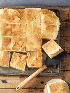 Apfelmus - Kuchen vom Blech, ein leckeres Rezept aus der Kategorie Kuchen. Bewertungen: 80. Durchschnitt: Ø 4,5.