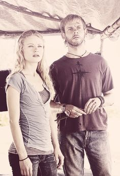 Emilie de Ravin (Claire Littleton) and Dominic Monaghan (Charlie Pace)