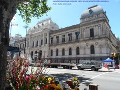 Universidad de la República situada na Av 18 de Julio em Montevidéu,Uruguai. Foto : Cida Werneck