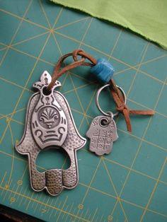 Another kind of Hamsa charm Turkish Eye, Bad Spirits, Eye Of Horus, Evil Eye Charm, Hand Of Fatima, Pretty Box, Ancient Symbols, Amulets, Hamsa Hand