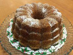 Viime joulun suosikkihedelmäkakkuni oli Myllyn Paras sherry-hedelmäkakku -ohjeella tehty punssi-hedelmäkakku. Kakkuja tuli kokei... Healthy Treats, Vegan Desserts, Doughnut, Sweet Recipes, Holiday, Christmas, Tuli, Bread, Food