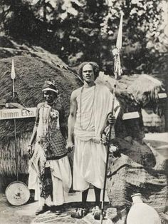 Photographic Print: Ethiopia - Emperor Menelik's Bodyguard - Seemingly at an International Exhibition (! African Culture, African History, Ethiopia People, History Of Ethiopia, Afro, Ethiopian Beauty, Bob Marley Pictures, Horn Of Africa, Black Royalty