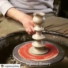 How to throw a candlestick - Keramik - Paper Craft Ceramic Clay, Ceramic Pottery, Ceramic Glaze Recipes, Pottery Handbuilding, Pottery Workshop, Pottery Videos, Clay Pot Crafts, Wheel Thrown Pottery, Pottery Techniques