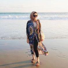 Hijab outfits for the beach – Just Trendy Girls Hijab Casual, Hijab Chic, Hijab Outfit, Dress Outfits, Dresses, Hijab Sport, Hijab Wedding, Hijab Fashion Summer, Photos Bff