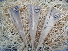 Pflanzen- & Gartenstecker - 3 Pflanzenschilder, Pflanzstecker, Kräuterstecker - ein Designerstück von Sandlilien bei DaWanda
