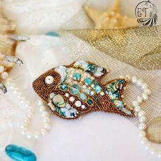 Пришло долгожданное тепло, а значит самое время начинать носить яркие, летние, веселые и радостные броши!😁😉 Они добавляют изюминку в любой… Flora, Beaded Bracelets, Brooch, Embroidery, Jewelry, Photos, Instagram, Diy Kid Jewelry, Fish