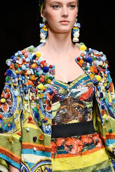 Dolce & Gabbana Spring 2013 RTW - Details - Fashion Week - Runway, Fashion Shows and Collections - Vogue Fashion Details, Boho Fashion, High Fashion, Fashion Show, Fashion Design, Fashion Trends, Milan Fashion, Runway Fashion, Dolce & Gabbana