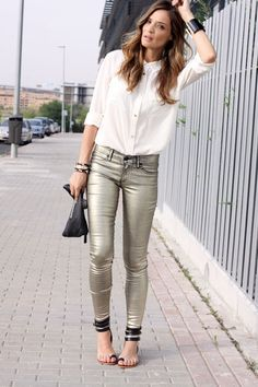 Rice yellow coated washed jeans - metallic denim