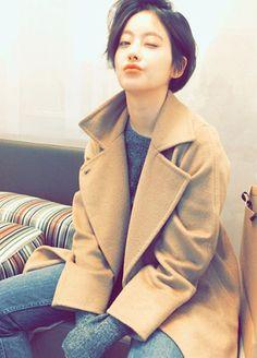 oh yeon seo Tomboy Haircut, Tomboy Hairstyles, Pixie Hairstyles, Pixie Haircut, Braided Hairstyles, Asian Short Hair, Short Hair Cuts, Short Hair Styles, Oh Seo Yeon