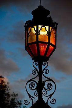 BijouxNoir lantern