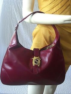 52f3d83a2c3 Authentic Vintage Gucci Red Leather Jackie O Hobo Handbag (Rare) Gucci  Purses