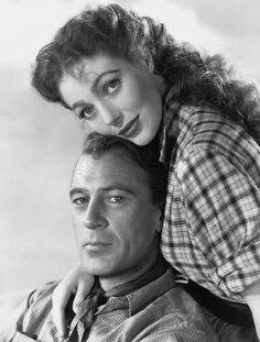 Gary Cooper and Loretta Young in 'Along Came Jones' (1945)