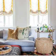 Thanks @deringhall for the mention! We love this living room too 🐩 #fancy #interiors #neworleans #logankilleninteriors