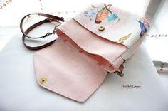 Beautiful Spring Envelope Sling Bag //美丽春天信封斜挎包    Dimension: 21x 20 x 8cm   PU Leather Sling Strap   Magnet Button As Closure ...