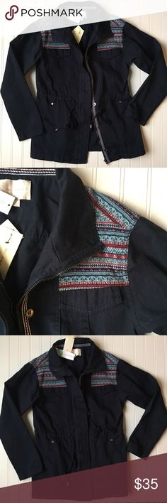 """NWT Skies Are Blue navy utility Alcott jacket, Med This is the cutest utility jacket I have come across! New with tags from Stitch Fix. Well made jacket. Has cinch waist draw string, and the pockets in front just need a stitch taken out to be fully open. Sooo cute. Bust is 19"""" across, it's 27"""" long. Skies Are Blue Jackets & Coats Utility Jackets"""