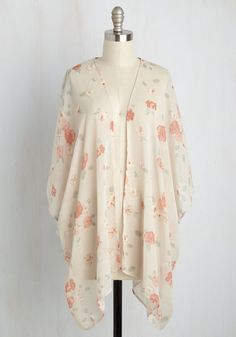 A Scone to Pick Jacket. Draped in this chiffon kimono, you pick the tastiest treat you see from your favorite cafe. #white #modcloth