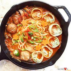 "3,353 Likes, 58 Comments - Daisy/도경란 (@gyoungranusa) on Instagram: ""Tonight's winner is Kimchi Udon Mandu soup.  ( (homemade kimchi and mandu recipe in my…"""