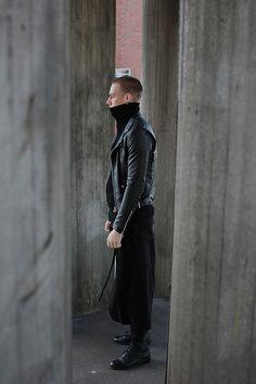 Visions of the Future // Gótico suave: 93 looks para quem ama usar preto