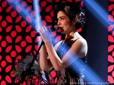 Verônica faz sucesso no primeiro show e decide viajar pelo Brasil | vanessa_barreto - Yahoo TV