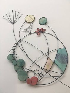 Wire Flowers, Glass Flowers, Deco Nature, Art Du Fil, Wire Crafts, Textile Artists, Beads And Wire, Wire Art, String Art