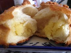 homemade coconut bun ~ taste like the real deal!!  http://thekitchenrunner01.blogspot.ca/