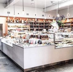 #FarmshopMarket Find your favorite local goods and discover something new at #FarmshopLA in the Brentwood Country Mart! Photo credit: @bywayofla