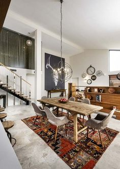 Bletchley Loft: A spacious two storey family home in Perth