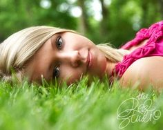 TONS of super cute senior examples for girls and guys to look at