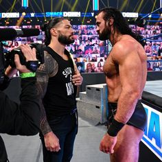 Roman Reigns Wrestling, Wwe Roman Reigns, Wrestling Videos, Wrestling Wwe, Ronda Rousey Photoshoot, Wwe Entertainment, Roman Reigns Family, Wwe Raw And Smackdown, Wwe T Shirts