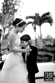 The Fearless Blog features the amazing wedding photography of the best wedding photographers in the world.