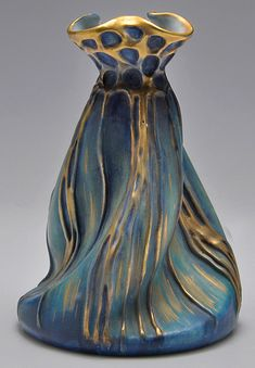 Art Nouveau creased Amphora vase