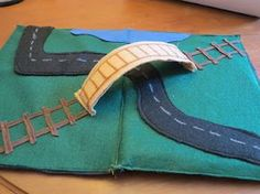 Felt Road Set on My Full Time Job at http://motherhoodmyfulltimejob.blogspot.com/2012/02/fun-with-felt-travel-road-set.html?spref=fb