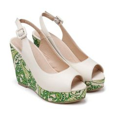 $25.40 Ethnic Women's Peep Toed Shoes With Print and Buckle Design