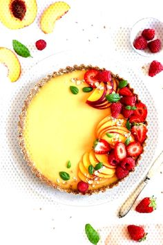 Easy recipe for delicious summer peach tart! Smooth and creamy filling on healthy and gluten-free crust, topped with fresh berries. All vegan and dairy-free Gluten Free Crust, Vegan Gluten Free, Dairy Free, Real Food Recipes, Dessert Recipes, Health Recipes, Easy Dinner Recipes, Easy Meals, Cake Show