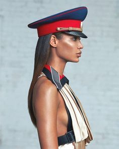 Recommended photograph ideas, photography 101 Techniques and Lessons Elle Spain, Vogue Spain, Military Chic, Military Fashion, Patrick Ta, Mode Editorials, Fashion Editorials, Joan Smalls, Fashion Photography Inspiration