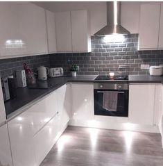 Kitchen Ideas Dream Tile 35 Ideas For 2019 Kitchen Room Design, Modern Kitchen Design, Home Decor Kitchen, Interior Design Kitchen, New Kitchen, Home Kitchens, Kitchen Ideas, Kitchen Wall Tiles, Grey Kitchens